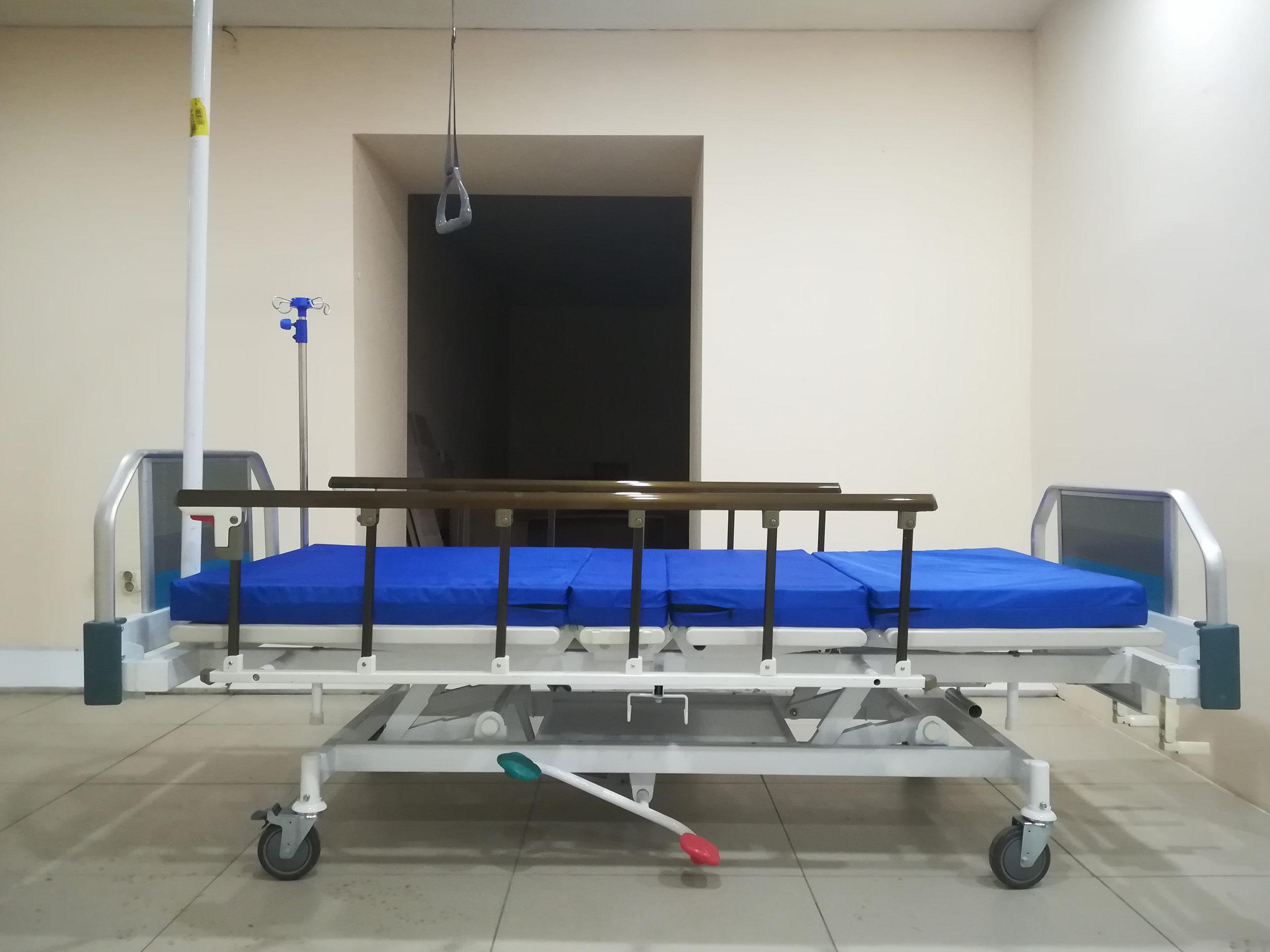 Кровать медицинская КМР 16